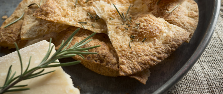Rustic Tortilla Crackers